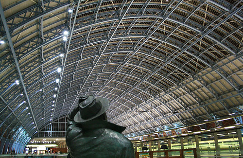St Pancras station | by Alan Cleaver