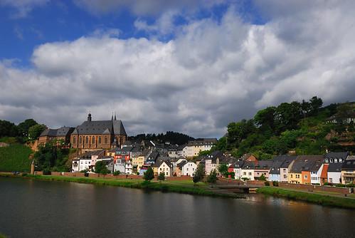 church river germany view pfalz saar saarburg laurentius