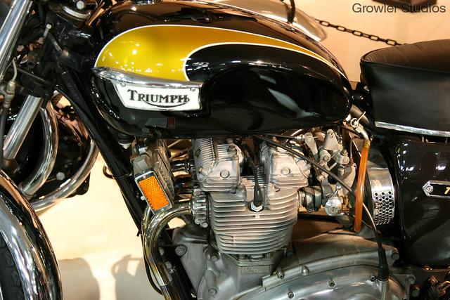 Gorgous Bike, and great photo