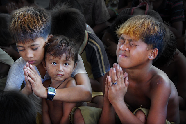 Children of Ulingan (Charcoal Factory), Manila - 'God, lead us out of poverty!
