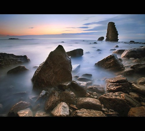 uk longexposure england bw seascape sunrise rocks northeast southshields dri sunderland whitburn nd110
