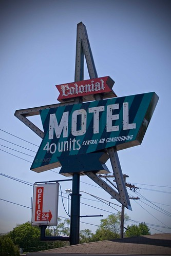 The Colonial Motel-Elgin, IL