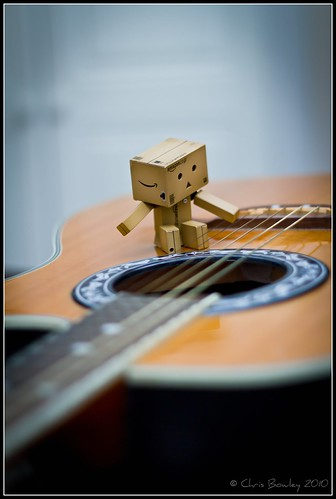 Danbo Finds a Guitar