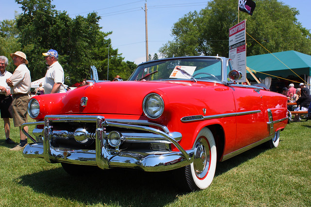 Tudor 1953 ford crestline victoria for 1953 ford crestline victoria 2 door hardtop