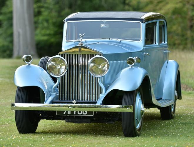 伴隨馬爾科姆‧坎貝爾爵士追求極速傳奇的PHANTOM II Continental