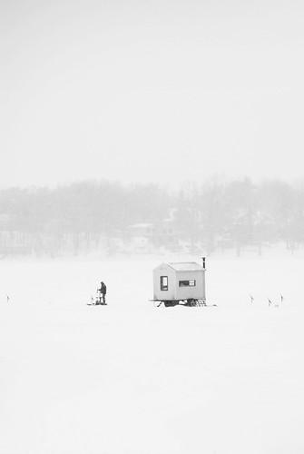 winter white snow storm river quebec hiver neige laval tempête pêchesurlaglace
