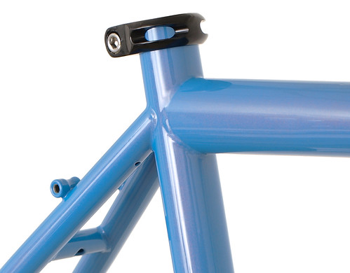 "<p>Gunnar Fastlane seat cluster with rack mounts and fender mounting holes.<br /> <br /> gunnarcycles<br /> gunnarbikes <br /> <a href=""http://gunnarbikes.com"" rel=""nofollow"">gunnarbikes.com</a></p>"