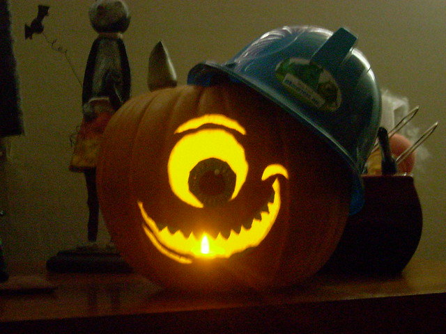 Monster 39 s inc pumpkin flickr photo sharing for Sully pumpkin template