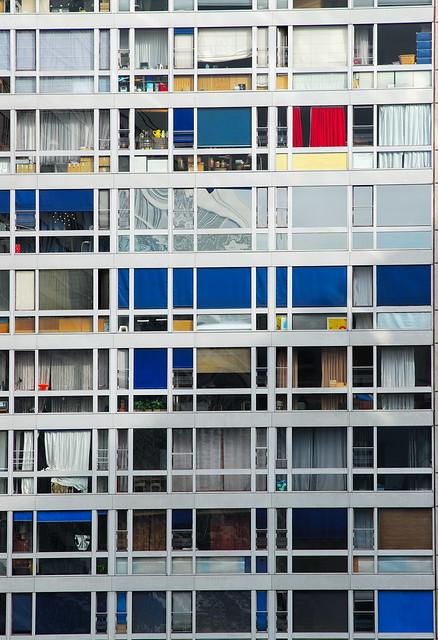 Hommage à Mondrian / Tribute To Mondrian