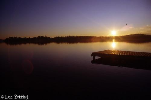 sunset lake relax tramonto varese olympusom10 gavirate kodakektachrome100 zuiko24mmf28 epsonv500 mygearandme