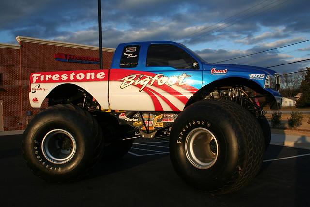 bigfoot monster truck flickr photo sharing. Black Bedroom Furniture Sets. Home Design Ideas