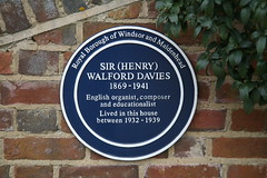 Photo of Henry Walford Davies blue plaque