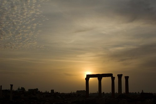 sunrise ruins syria sonnenaufgang palmyra ruinen syrien syrie peekm esgehtdochnichtüberfrühesaufstehenimurlaub