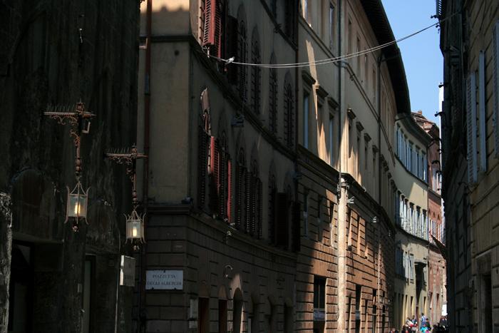 Calle de Siena X