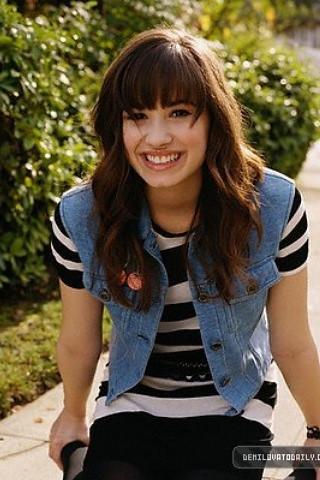 Demi Lovato Photoshoot on Demi Lovato Photoshoot   Flickr   Photo Sharing