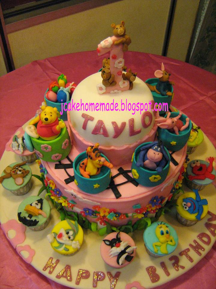 Birthday Cake Images With Cartoon Character : Pooh n Cartoon Character Theme cake - a photo on Flickriver
