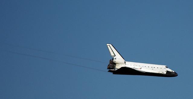 Space shuttle Atlantis landing STS-132