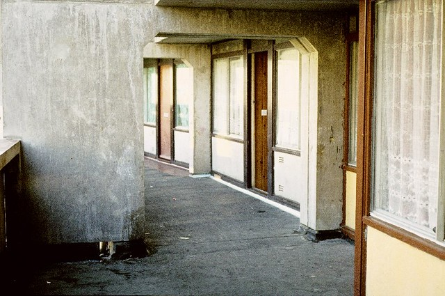 Deck access flats, 1972