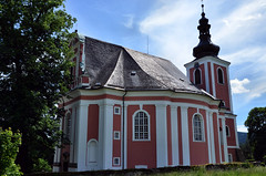 Božanov, Church of St. Mary Magdalene and Cemetery