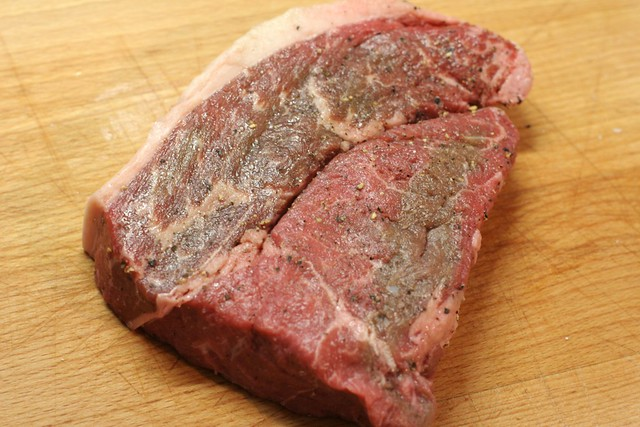 how to cut raw steak