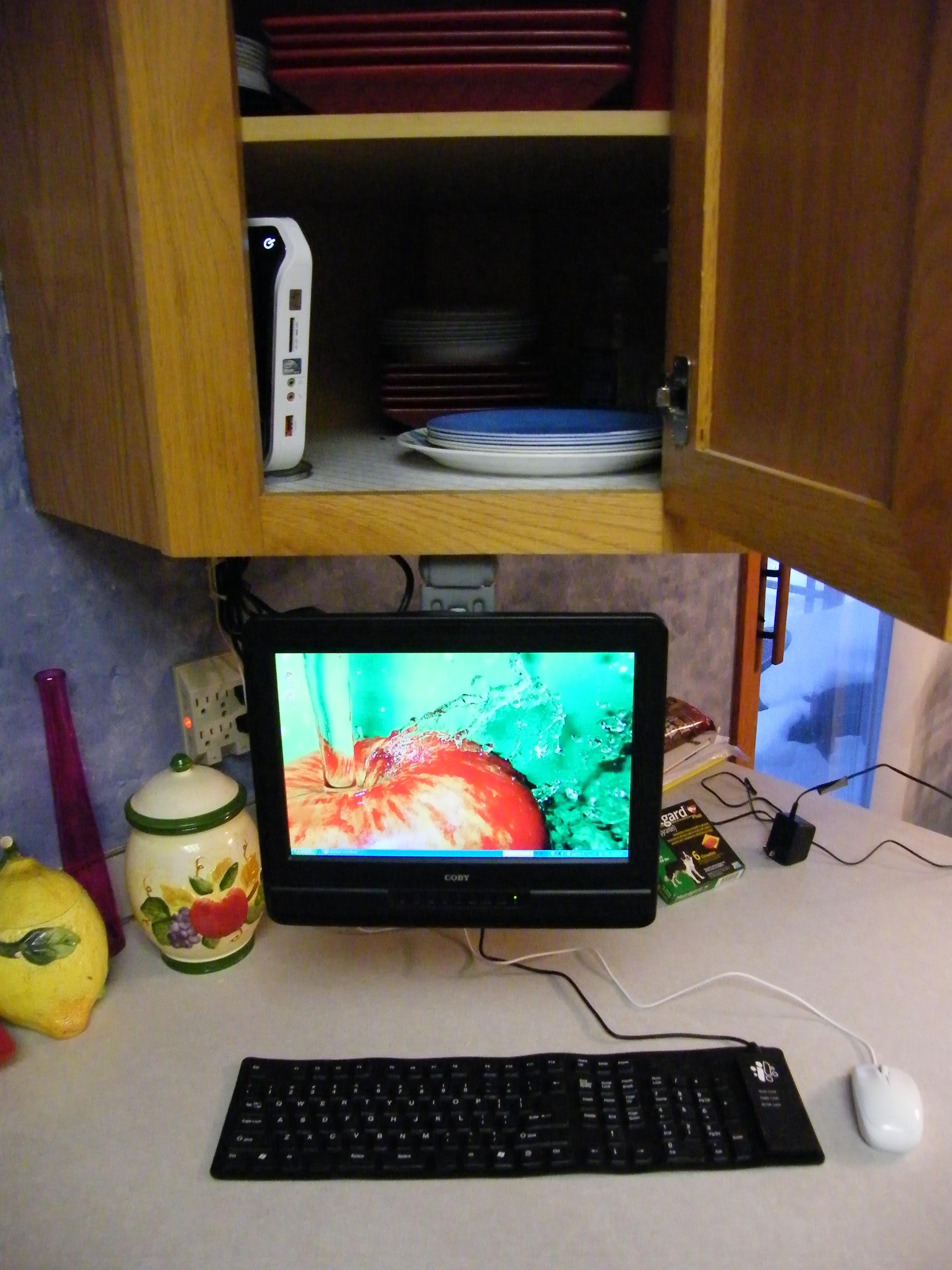 Kitchen Computer 6 Flickr Photo Sharing