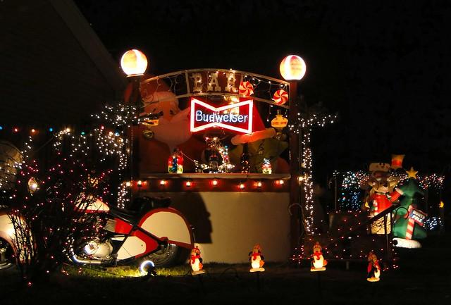 4208802390 16d610bdb5 z crazy christmas houses