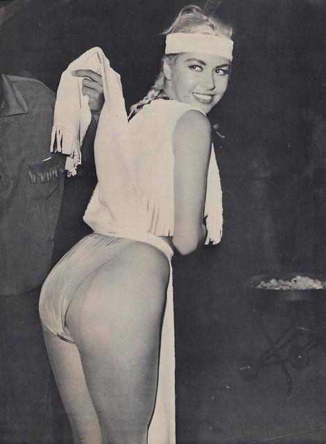 Jean Carmen Net Worth