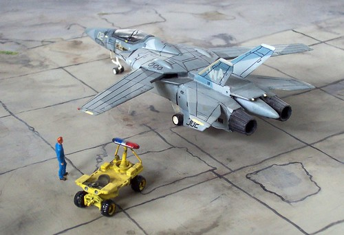 "1:100 Macross TF-1D ""Fylgja"" - Supersonic trainer with Keith Ferris camouflage (Valkyrie kit conversion)"