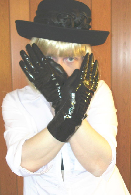 Black hat & gloves