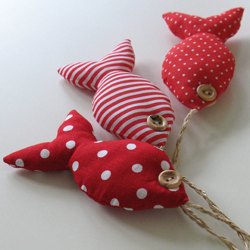 Fabric fishy bunch - red