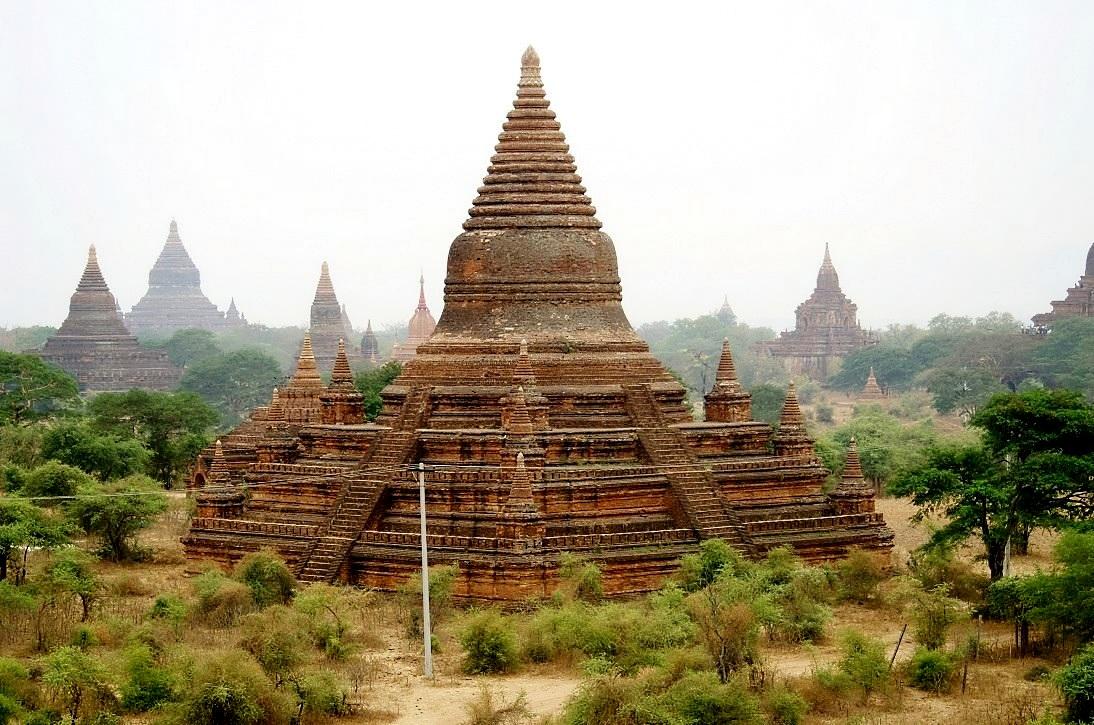 DSC565/Burma/Old Bagan/Pagode Nat Hlaung Kyaung