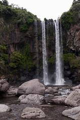 Jeongbang-Falls-3