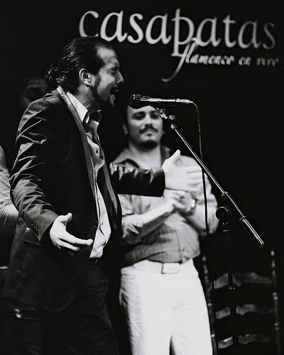 Rafita, al cante en nuestro tablao. Foto: Martín Guerrero