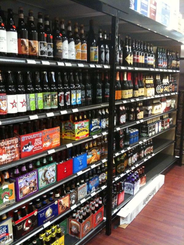 Gary's Liquors: Beer!
