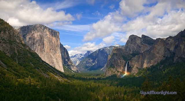 Just Being There - A Panorama of Yosemite National Park