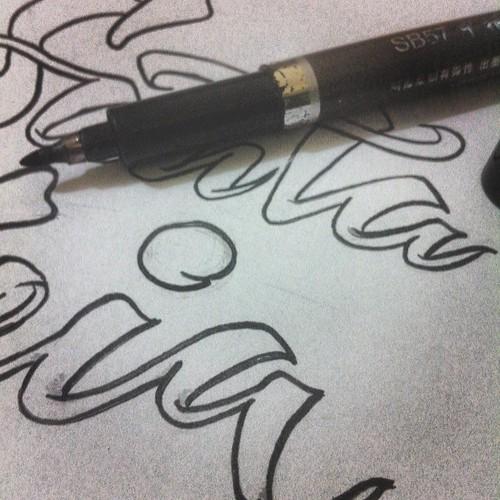 Processo criativo!!! Trabalhar para Deus Eh o melhor trabalho @-@ amor da minha vida!!  . . . . . . #scketching #desenha #letrista #gospel #evangelho #melhordia #brushed #Otoniarts #saopaulocity #brazil #achadosdasemana #TYxCA #type #typegang #tipocali #t