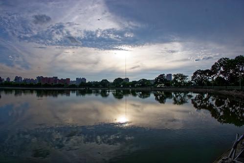 bade 2017 07 jul pond park dusk sunset 七月 八德 taoyuan taiwan twn 茄苳埤塘公園 公園 埤塘 日落 黃昏 夕照 reflection 反射 ecf2 yzu