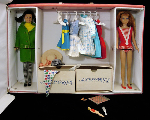 skipper pink double case with dolls and clothing
