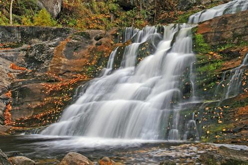 autumn usa waterfall connecticut ct kentct kentfalls litchfieldcounty kentfallsstatepark colorphotoaward connecticuttnc10
