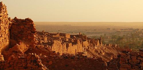 oasis ruinas desierto invierno atardeceres 2009 decayed ouadane worldheritage mauritania mauritanie murallas flaga patrimoniodelahumanidad d40 ph498 regióndeadrar