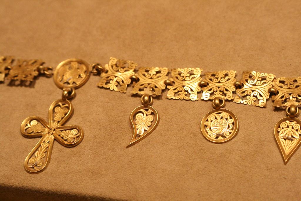Gold Byzantine Jewelry | Shelby Navone | Flickr