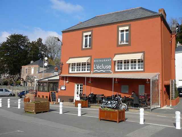 Restaurant L Ecluse St Fort Sur Gironde