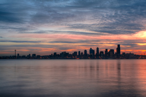 seattle sunrise nikon alki hdr d90 3xp 28mmf28 photomatix seacrestpark freemanmester
