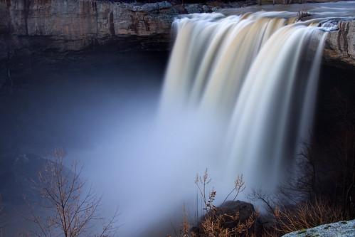 mist water waterfall mimi powerful thefalls noccalula noccalulafalls thunderous gadsdenalabama pinnaclephotography