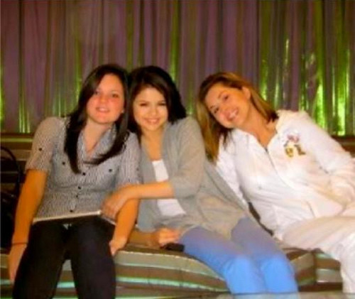 Selena Gomez, her mom and..