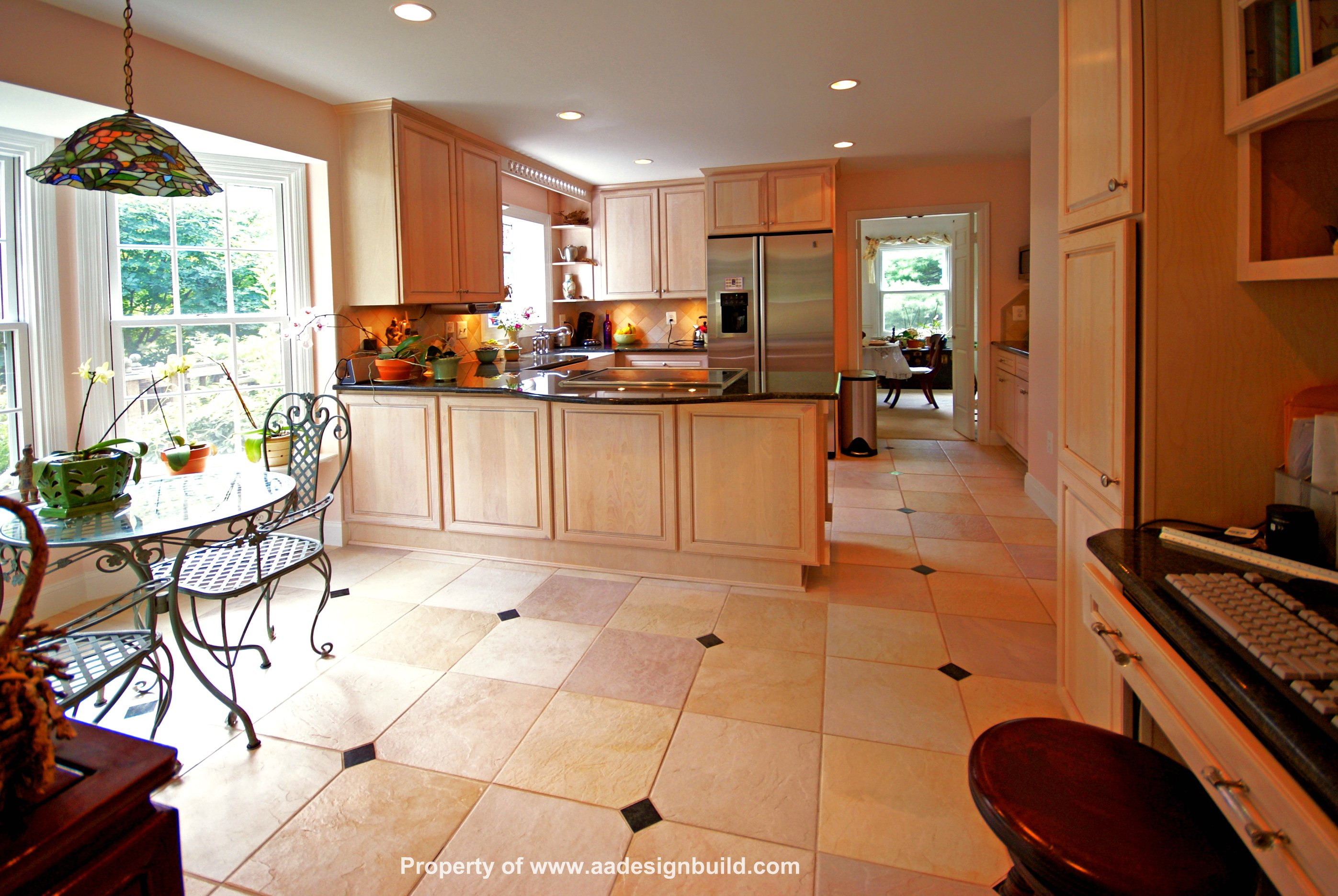 Custom kitchen design and remodeling for Custom kitchen design