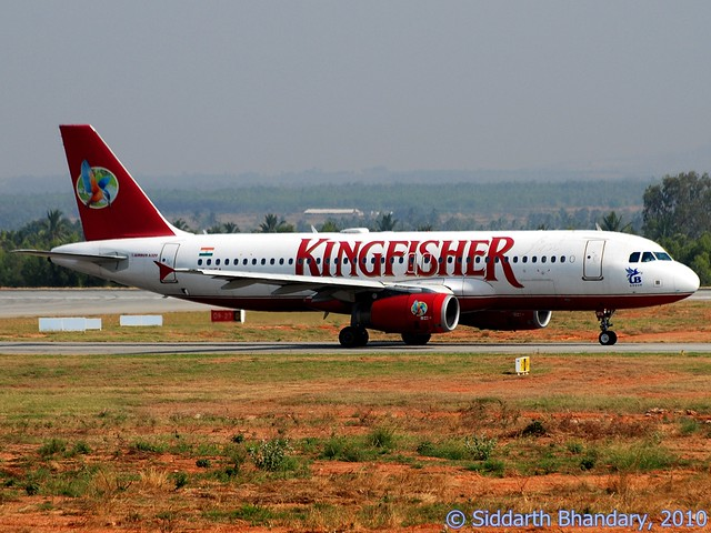 Kingfisher Airbus A321 taxing for takeoff
