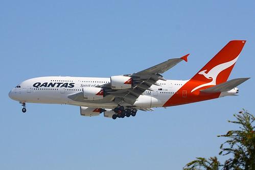 A388 - Airbus A380-842