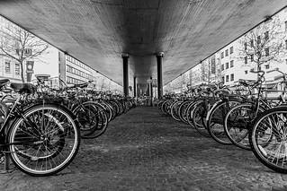 Unter der Hochstraße