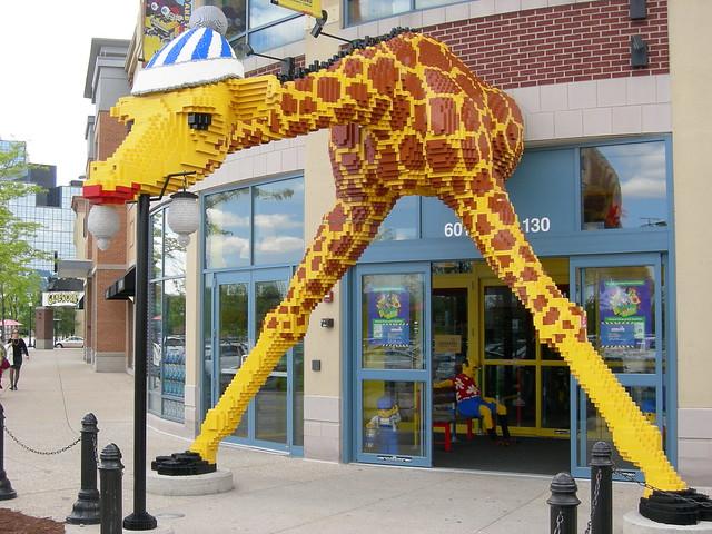Legoland Giraffe - Schaumburg, Illinois. | Flickr - Photo ...